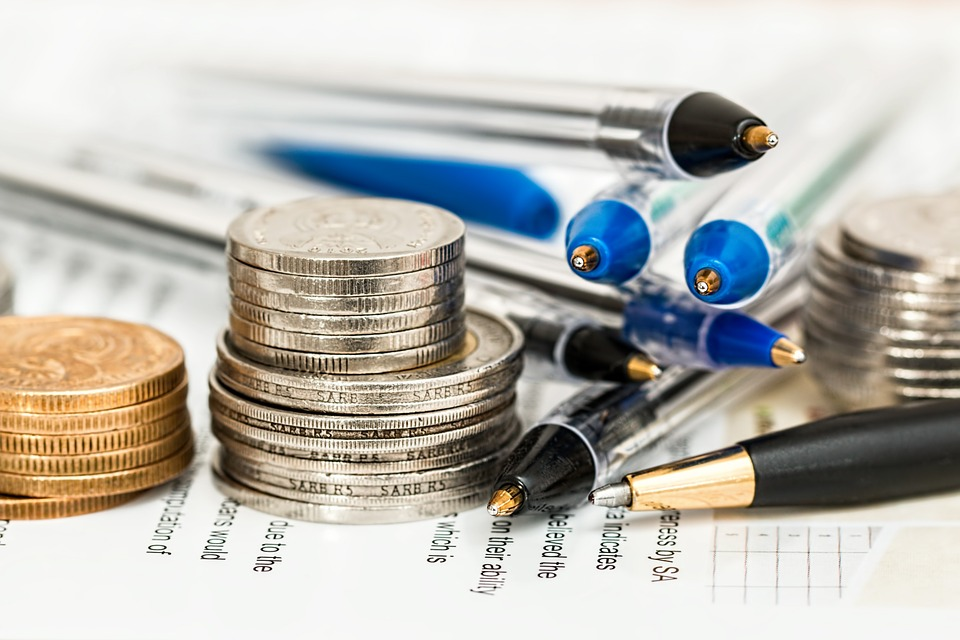 A Beginner's Investment Guide to Save Better – 5 Tips You Need to Know Before You Start Investing